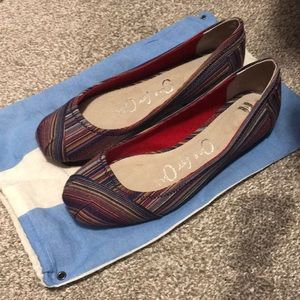 NWT TOMS Multi-coloured Slip-on Flats